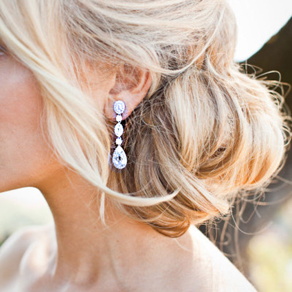 Tips on How to Wear Diamond Earrings