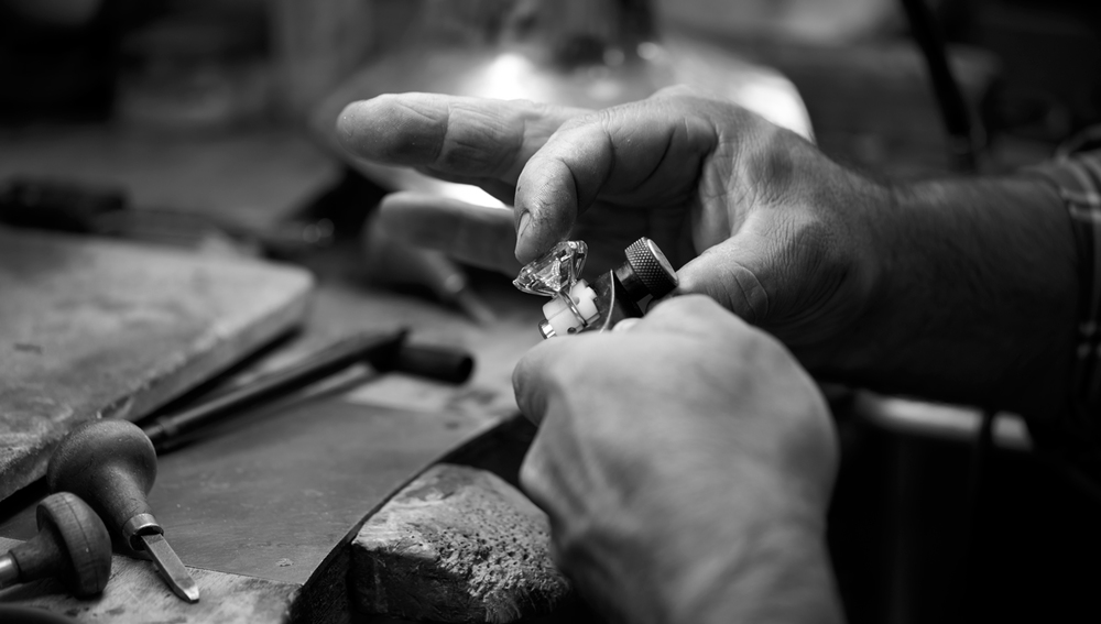 Diamond skilled craftsmen