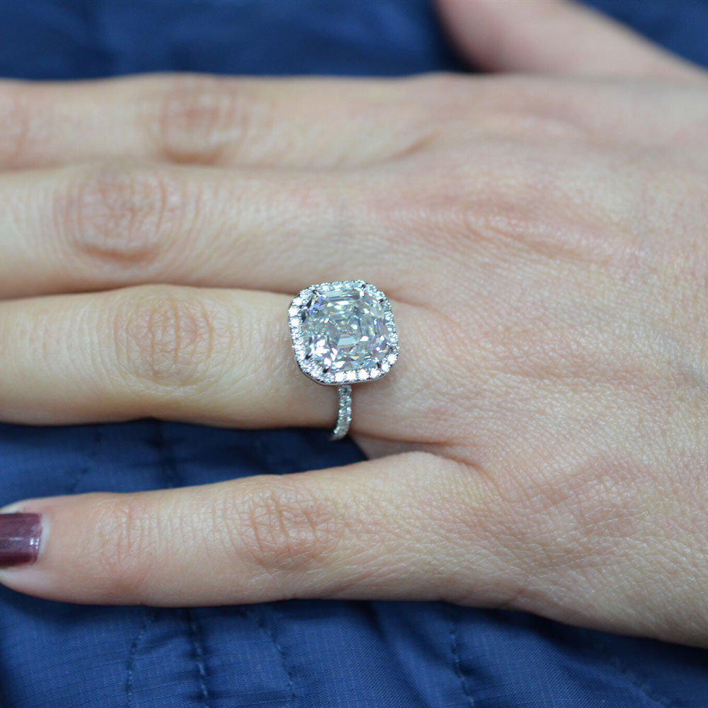 How To Buy A Perfect Henri Daussi Cushion Cut