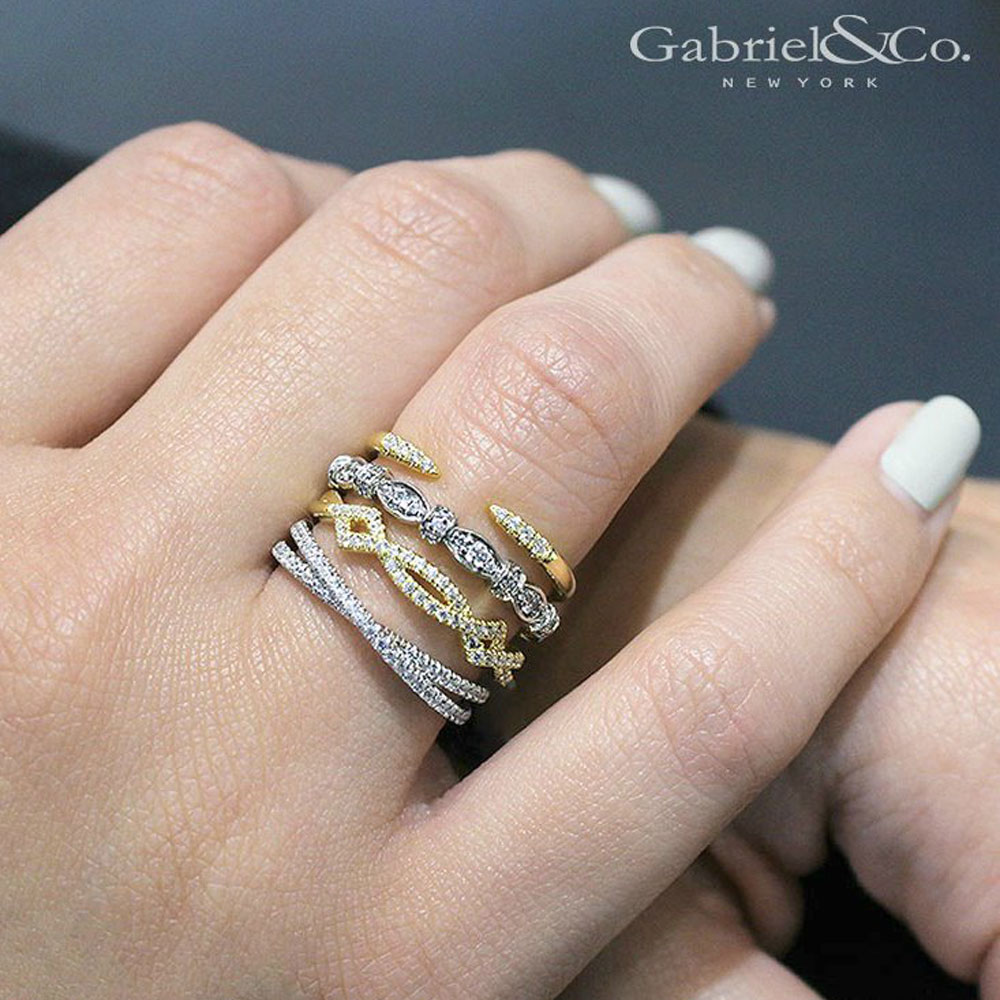 How to wear stackable rings Which finger to wear ring for single